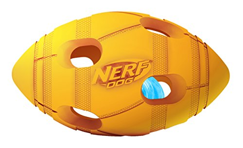 Nerf Dog Illuma-Action-LED: Bash Football Ø 10,2 cm