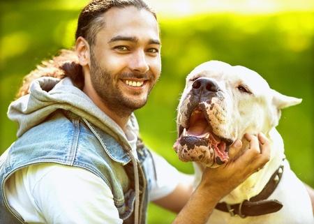 Erziehung des Dogo Argentino