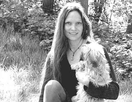 Antonia K. Tessnow, Tierheilpraktikerin und Züchterin